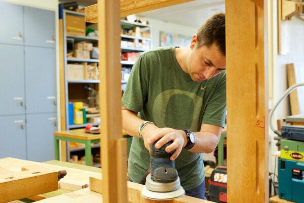 200810_Martin_Stiftung_Produkte-und-Dienstleistungen_Schreinerei_3