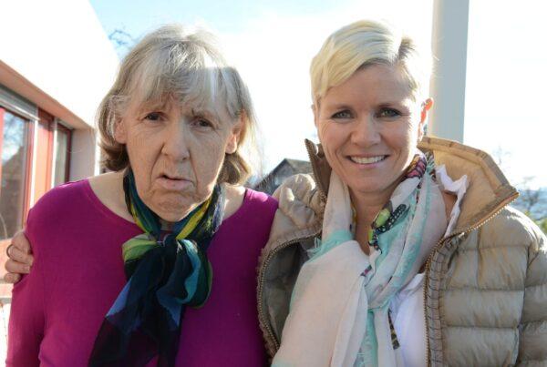 Karin Sutter engagiert sich seit vielen Jahren freiwillig für die Martin Stiftung und begleitet eine Bewohnerin und einen Bewohner.