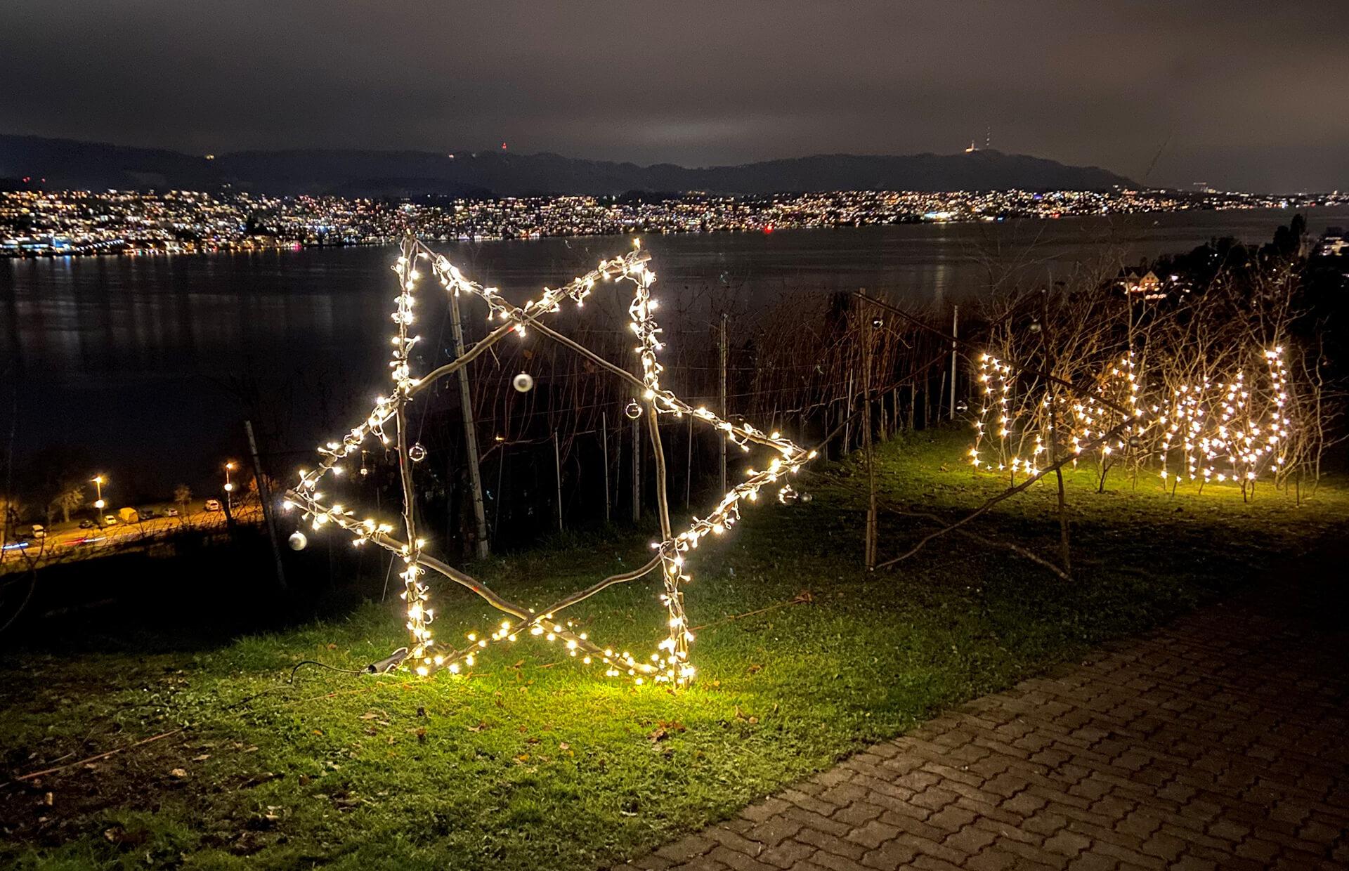 Dieser grosse Stern mit Lichterkette ist Teil der selbst gebauten Weihnachtsbeleuchtung der Martin Stiftung